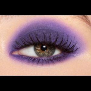 Kylie Cosmetics Makeup - Kylie's - Turning Violet / Eyeshadow Single